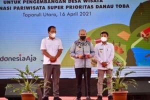 Danau Toba: Serah Terima Dukungan Pertamina untuk Desa Wisata di Destinasi Pariwisata Super Perioritas Danau Toba