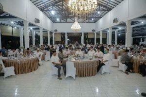 Buka Puasa Bersama: Pemkab Asahan Lakukan Acara Buka Puasa Bersama di Pendopo Rumah Dinas Bupati Asahan