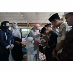 Ponpes Tahfiz Alquran Darul Huffadh, Kampung Banjir Gunung Tua Dikunjungi Ketua TP PKK Kabupaten Padang Lawas Utara